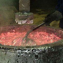 Fluxo escorificante para alumínio